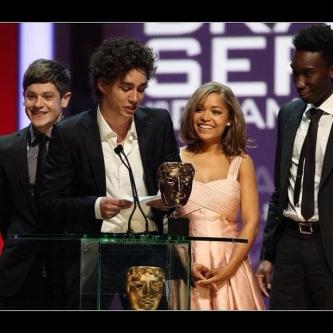 2012-plohie-4-sezon-otbrosy-4-sezon-misfits-season-4_59